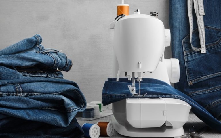 The 5 Best Heavy-duty Sewing Machines in 2020