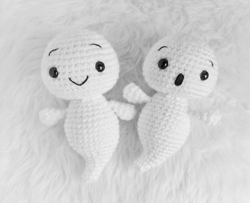 amigurumi baby ghosts