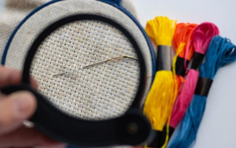 The Best Magnifying Glass for Embroidery to Work Better and More Efficiently
