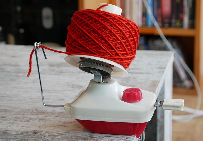 hand operated yarn winder