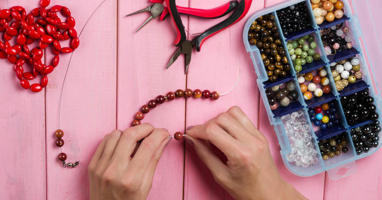 DIY Necklace Tutorials for all Levels